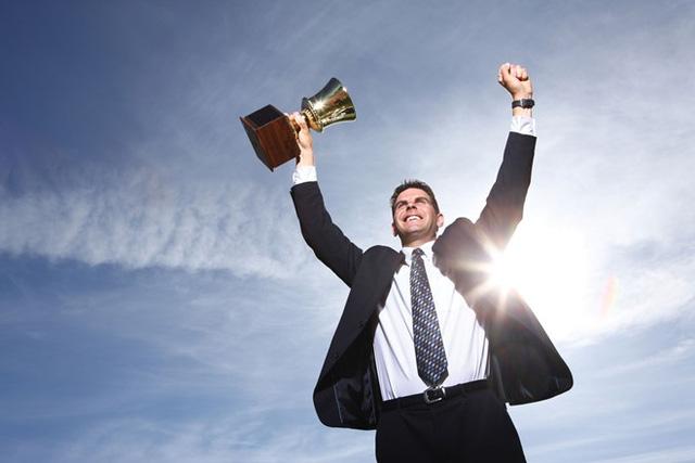 Người thành công không bao giờ để tuổi tác ảnh hưởng đến những quyết định của mình.